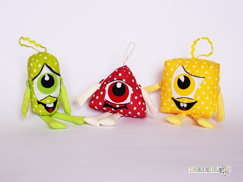 Точковците- геометрични фигури играчки- цилиндър, триъгълник, квадрат